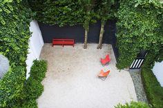 City garden with gravel — Bart & Pieter #bartandpieter