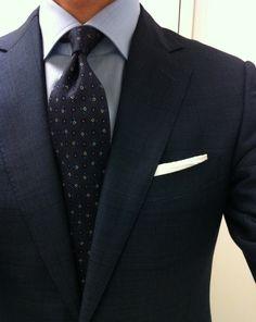 Perfecto. Cuello. Nudo corbata...