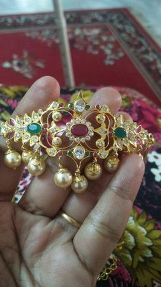 Kids Gold Jewellery, Gold Jewelry, Beaded Jewelry, Fine Jewelry, Where To Sell Gold, Gold Bangles, Indian Jewelry, Wedding Jewelry, Jewelry Collection