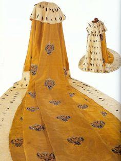 Art Quill Studio: The Costumes of The TsarsWearable ArtMarie-Therese Wisniowski