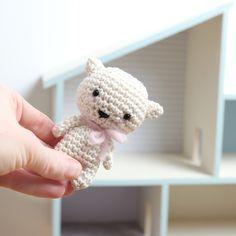 Free crochet pattern amigurumi Melis the kitten