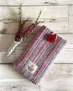 Hey, I found this really awesome Etsy listing at https://www.etsy.com/uk/listing/531970446/pink-heather-harris-tweed-mobile-phone