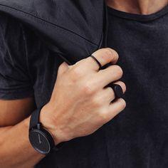 Minimal Flat Ring Black