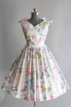 Vintage 1950s Dress / 50s Cotton Dress / Tuesday Rose Vintage