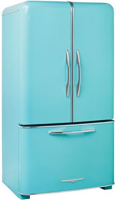 Amazing modern fridges made to look like 1950s models!! They even have matching vintage stoves/ovens, and panels for the front of your dishwasher!!
