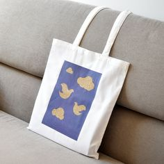 Gifts For Girls, Gifts For Her, Perfect Gift For Her, Shopping Bag, Reusable Tote Bags, Glitter, Birds, Purses, Trending Outfits