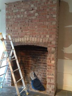 New Screen traditional Brick Fireplace Suggestions – Rebel Without Applause Dining Room Fireplace, Fireplace Logs, Fireplace Design, Fireplace Ideas, Brick Chimney Breast, Stone Chimney, Exposed Brick Fireplaces, Brick Arch, Traditional Fireplace