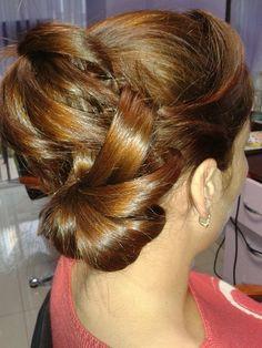 OlteniaBizz - SALON ULTRA CHIC STEFY Chic, Earrings, Fashion, Drawing Rooms, Shabby Chic, Ear Rings, Moda, Stud Earrings, Fashion Styles
