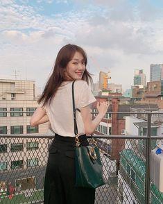 Lee Sung Kyung Photoshoot, Lee Sung Kyung Fashion, Lee Sung Kyung Doctors, Korean Actresses, Korean Actors, Lee Sung Kyung Wallpaper, Weightlifting Fairy Kim Bok Joo Wallpapers, Kim Book, Ahn Hyo Seop