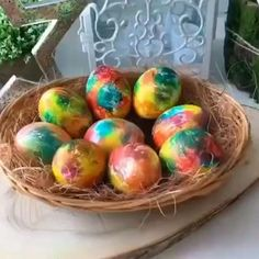 Fun Crafts For Kids, Diy And Crafts, Eastern Eggs, Easter Egg Crafts, Easter Activities, Egg Decorating, Vintage Easter, Christmas Art, Holidays And Events