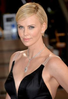 Charlize Theron: 86th Annual Academy Awards - Arrivals