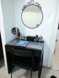 ikea micke desk vanity - I would prefer this over the Malm ...
