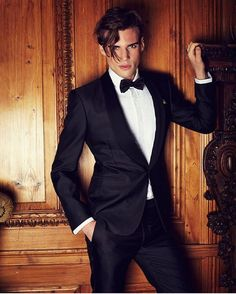 """Chic1k on Instagram: """"Chic1ook black tie by @ralphlauren #fashion #chic1ook #tuxedo #mensfashion #black #suit #party #newyork #instapic #luxury #life #love #model #style #instafashion #london #fashiongram #currentlywearing #lookbook #outfit #mylook #outfitpost #fashionpost #todaysoutfit"""""""