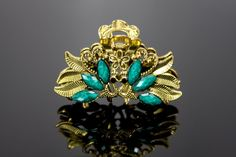Small Vintage Hair Clip // Peacock Jaw Clip // by TravellersTrove Wedding Up Do, Gold Hair Clips, Emerald Gemstone, Vintage Hairstyles, Peacock, Summer Outfits, Hair Accessories, Brass, Brooch