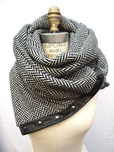Herringbone Chunky wool circular infinity scarf by RunSystem63
