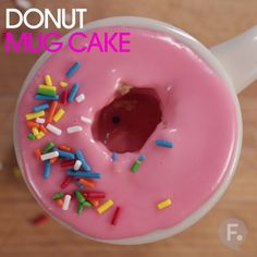 Donut Mug Cake - diy food Mug Recipes, Baking Recipes, Sweet Recipes, Cake Recipes, Dessert Recipes, Recipies, Cute Food, Yummy Food, Healthy Food