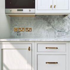 Bespoke Kitchens, Luxury Kitchens, Open Plan Kitchen Dining Living, Kitchen Pass, Built In Tv Wall Unit, Decor Home Living Room, Luxury Kitchen Design, Cupboard Handles, Furniture Handles
