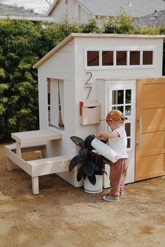 a modern outdoor kids playhouse makeover - almost makes perfect - Spielhaus / Gartenhaus - Backyard Playground, Backyard For Kids, Backyard Games, Cubby Houses, Play Houses, Playhouse Outdoor, Kid Playhouse, Modern Playhouse, Playhouse Decor