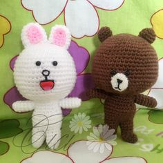 布朗熊和可妮兔#handmade #crochet #craft #amigurumi #amigurumis #diy #dolls #toys #cute #lovely #kawaii  #handmadetoys  #cutegift  #line #brown #cony by cici_sunflower