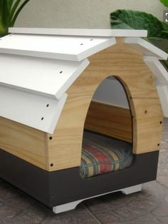 small, rounded doghouse
