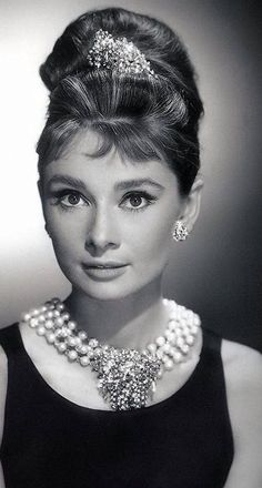 THE LOVELY ACTRESS AUDREY HEPBURN.....