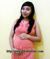 Mom Hamil   Mbah Online Koleksi foto mom hamil #momhamil #fotohamil #hamil #pregnant #preggo #pregnancy #maternity #mengandung #mom http://www.mbahonline.com/2016/04/mom-hamil.html