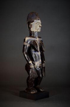 Nu in de #Catawiki veilingen: Authentic African Tribal IGBO Alusi Shrine Figure Nigeria.