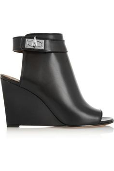 Givenchy | Shark Lock cutout ankle boots in black leather | NET-A-PORTER.COM #black #leather #ankleboots #givenchy #covetme