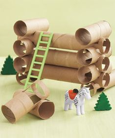 "Paper Tubes as Lincoln Logs Cut squares out of the sides that are roughly the same diameter as the tube (see bottom left of photo) for a DIY version of Lincoln Logs perfect for little hands. Stack the ""logs"" perpendicularly to one another. Paper Towel Tubes, Paper Towel Rolls, Toilet Paper Roll Crafts, Diy Paper, Cardboard Kids, Cardboard Rolls, Lincoln Logs, Crafts For Kids, Arts And Crafts"