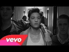 """(1) Nuevo y potente video musical de Lady Gaga, """"Til It Happens To You"""" destaca los asaltos sexuales en los campus - Videos - http://befamouss.forumfree.it/?t=71430010"""