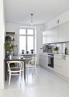 scandinavian interior, white floors, helsinki home tour via  http://www.scandinavianlovesong.com/