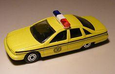 For sale 3.50 Euro >>Chevrolet Caprice Politie 1:64 Maisto