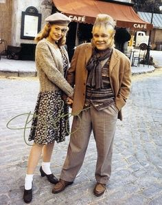Seven of 9 and Neelix. (Voyager)