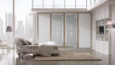 Composition M204 Sliding door mod. NABUCCO, silver frame, central Damascus mirror board, sides in faux leather. Closet / Bookshelf glazed antique white finish