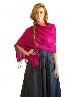 Conseils de mode, comment porter une étole sur les épaules, et créer un look cdd4ad378bf