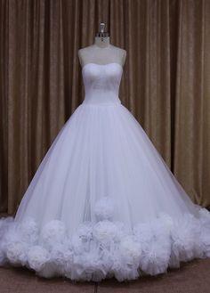Fariy Tulle Strapless Ball Gown Wedding Dress