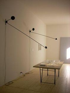 Counterbalance Luceplan -> http://arclickdesign.com/prezzo-lampada-counterbalance-luceplan-da-parete-di-daniel-rybakken-2012/