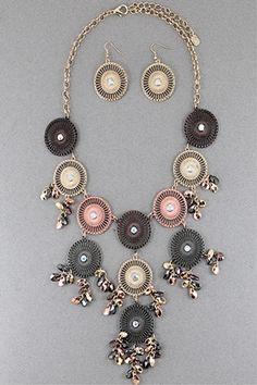 Metallic Disks Necklace Set #necklace #jewellery amusemeboutique.com