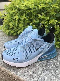 Nike Shoes OFF! Cute Nike Shoes, Nike Shoes Outfits, Cute Sneakers, Casual Sneakers, Sneakers Fashion, Shoes Sneakers, Nike Clothes, Nike Fashion, Fashion Outfits