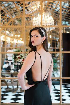 Luxurious Black & Gold Wedding Inspiration | Kate Nielen Photography | Bridal Musings Wedding Blog