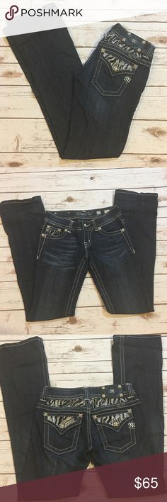 """Miss Me Boot Cut Jeans Miss me Boot Cut Jeans and crystals on the back pockets. Front rise 8""""/ back rise 10""""/ inseam 32"""". Miss Me Jeans Boot Cut"""