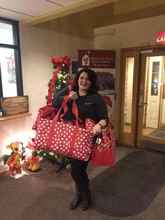 Thank you to Thirty-One for bringing the holiday spirit to RMHC Morgantown with these Santa Sacs for our RMHC families!