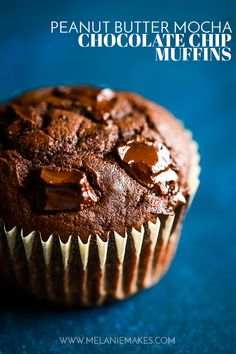 ThesePeanut Butter Mocha Chocolate Chip Muffins are the perfect indulgence! A super moist peanut butter and mocha muffin studded with chocolate chips. #peanutbutter #mocha #chocolatechip #muffins #easyrecipe  #breakfast
