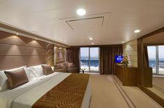 MSC Divina terza nave della classe Fantasia della compagnia MSC Crociere.