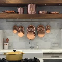 Copper Kitchen Decor, Kitchen Dining, Dining Room, Copper Pots, Williams Sonoma, Cookware, Cool Kitchens, Cast Iron, Rose Gold