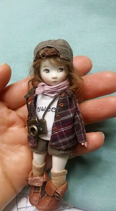 Doll by Sun Joo Dee. ❣Julianne McPeters❣ no pin limits Tiny Dolls, Ooak Dolls, Blythe Dolls, Pretty Dolls, Cute Dolls, Beautiful Dolls, Antique Dolls, Vintage Dolls, Doll House People
