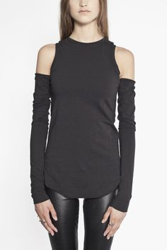 Top with detached sleeves www.ovate.ca
