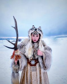 Traditional Fashion, Traditional Outfits, Draw On Photos, Wolf Girl, Fantasy Costumes, Culture, Character Outfits, Photography Women, Pretty People