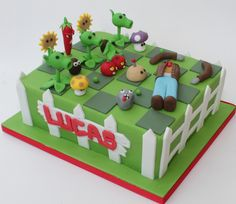 plants vs zombies cake | For a 6th brthday party. All the to… | Flickr