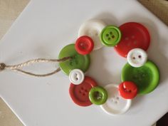 Button ornament for Christmas tree